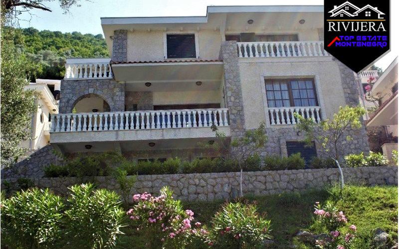 attraktiv_luxusvilla_kostanjica_kotor_top_immobilien_montenegro